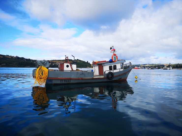 bateau de plongeur